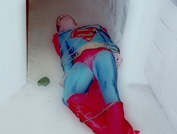 superman_in_bondage.jpg